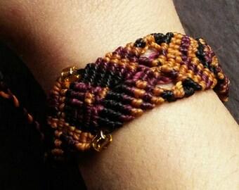 Colourful beaded macrame bracelet