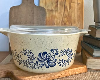 Vintage Pyrex Speckled Homestead Casserole Dish with Clear Glass Lid