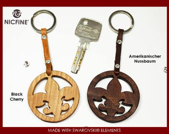 Key ring Lily made of noble Woods