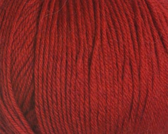 Christmas Red 220 Superwash Yarn 220 yards 100% SuperWash Wool color 1922