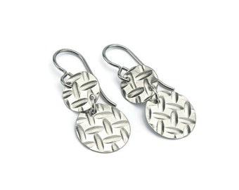 Niobium Double Disc Earrings, Armor Patterned Niobium Disc Titanium Earrings, Embossed Disk Earrings for Sensitive Ears, No Nickel Jewelry
