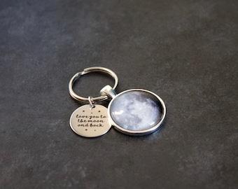 Custom To The Moon And Back Keychain -  I Love You To The Moon And Back Keyring Moon Phase Necklace - Custom Personalised Moon