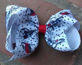 Fashion hair bow. Girl hair bow. Girl fashion hair bow. Fashionista hair bow. Red and black hair bow. Toddler fashion hair bow