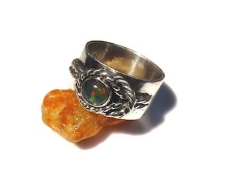 Fire Opal in Wide Sterling Band La Riata R125