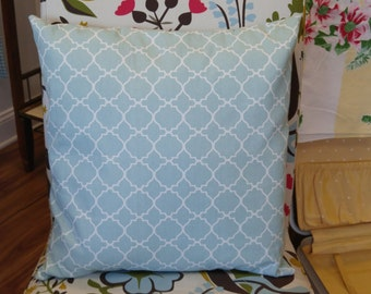 Decorative Throw Pillow, Lovely White and Spa Blue Quatrefoil Pattern!