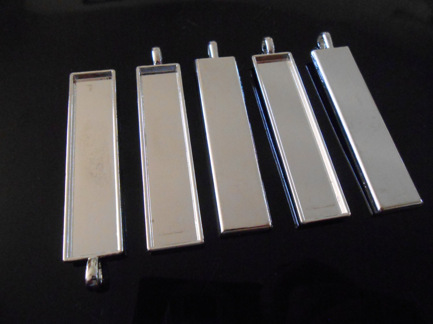 5 silver pendant trays glass dome necklace trays rectangular zoom aloadofball Images