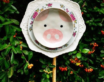 Miss Piggy • Pig Yard Animal • Vintage Spring Repurposed China Pig Garden Animal • Yard Art • Floral • Animal Lover • Farm De