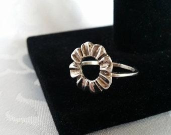 Sterling Silver Flower Ring Sz 7.75, Sterling Silver Ring, Silver Ring, Flower Ring