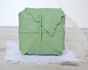 "Handmade soap ""green leaf"" - Soap bar with Wheatgerm oil - Natural goat milk soap - Fresh soap - Handcrafted Soap - Natural soap"