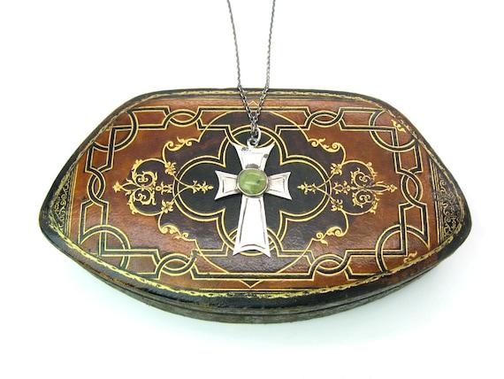 Celtic Sterling Silver Irish Connemara Marble Vintage Cross Pendant Necklace