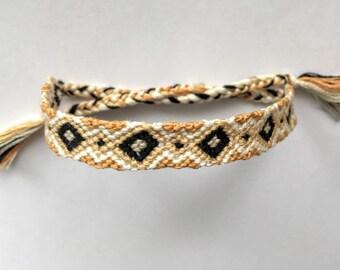 Friendship Bracelet -Aurnia-