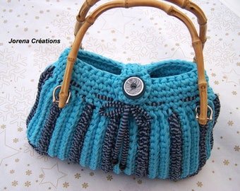 Trapillo crochet purse two shades of blue bamboo handles