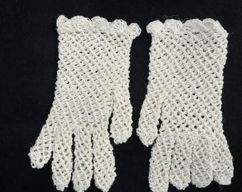 Girl and toddlers crochet cotton gloves.flower girl gloves. confirmation gloves communion gloves,wedding gloves,easter gloves.summer gloves
