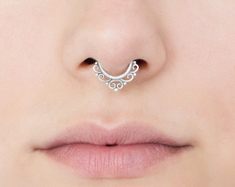 18g Fake septum ring for non pierced nose. Silver septum ring. fake nose ring. Indian septum ring. Tribal septum. Fake nose ring.