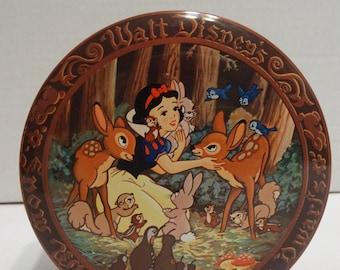 Vintage Walt Disney Snow White and the Seven Dwarfs Candy Tin Box England