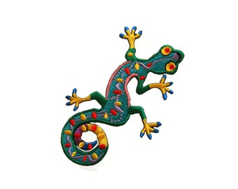 Lizard Gekko Salamander Embroidered Applique Iron on Patch