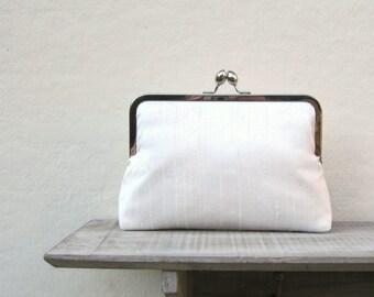 Ivory bridal clutch, ivory wedding clutch, off white silk clutch, handwoven silk clutch, raw silk clutch purse, custom clutch, uk seller
