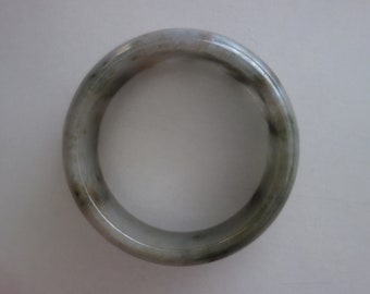 old chinese jadeite jade  carved  bangle