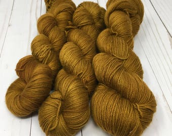 Hand Dyed Yarn on Merino cashmere Nylon MCN  - bronze - Sired