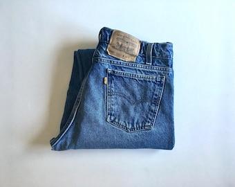 Vintage Men's 80's Levi's 550, Jeans, Blue, Denim, Relaxed Fit (W33 x L32)