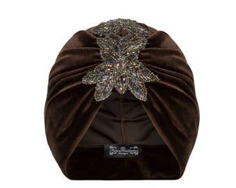 Madeleine Velvet Turban in Chocolate