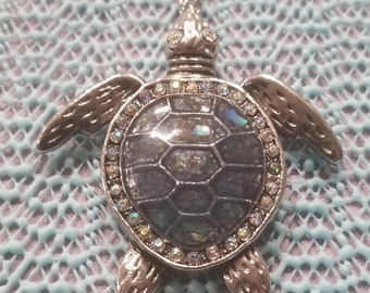Turtle love bling necklace