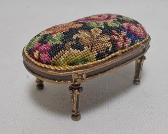 Dollhouse miniature Artisan Bespaq Footstool  in Antique Austrian Petit Point (REF4)