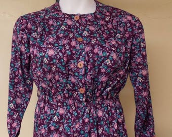 Vintage dress grape with dusty pink floral, 3/4 sleeve, elastic waist, front open, snap under button close