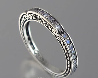 CARYATID wedding band in sterling silver with moonstones