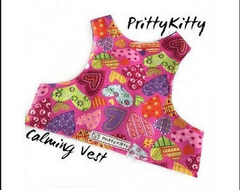 Anxiety / calming vest for cats suffering with stress, aggression or unwanted behaviour. Extra soft shirt for all day