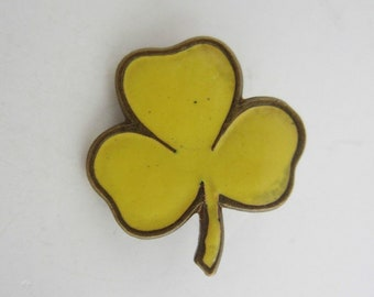 Vintage Girl Guides Association Pin Badge Award Yellow Trefoil First Point Enamel Or Acrylic Circa 1960s