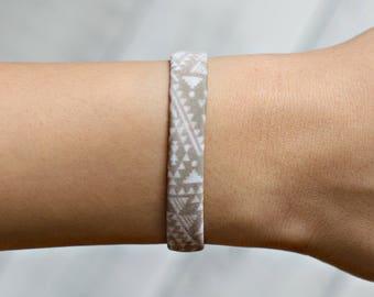 Boho Cuff Bracelet for Her, Fun Gift for Sisters, Triangle Bracelet, Stretch Bracelet, Best Friends Friendship Bracelets