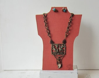 SALE One Petite Necklace Bust Reversible - Rust Orange / Cream - Recycled Book Necklace Jewelry Display