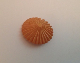 Carved Vintage Bakelite Button. Yellow. Hat. Fabo.