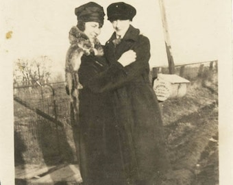 vintage photo 1920 Girl friends Dressed as Man She Makes Some Boy in Paul's Clothes lesbian
