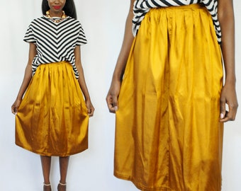 Metallic goldenrod pleated midi skirt 1990s 90s VINTAGE