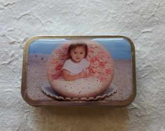 Personalized Photo Knitter's Tool Tin/Craft Tin/Notion Tin/Candy Tin