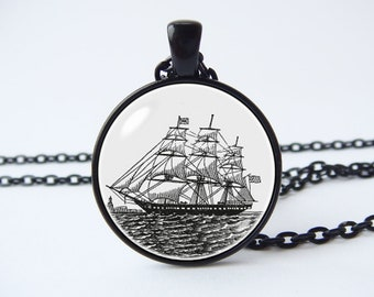 Pirate boat Sailing necklace Vintage ship necklace Ship jewelry Antique nautical Pirate ship pendant Nautical jewelry Schooner Sailor gift