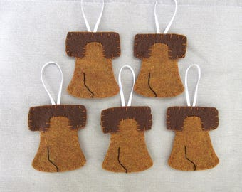 Set of 5 Liberty Bell ornaments, patriotic bell decorations, primitive cracked bell, Philadelphia independence day felt decor, bronze bell