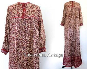 70s Vintage Indian Pakistan Ethnic Boho Hippie Cotton Gauze Metallic Lurex Indian Gypsy Festival Maxi Tunic Dress . XS . SM . 885.10.8.14