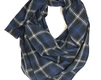 Navy blanket scarf. Women's plaid scarf. Plaid blanket scarf. Blanket tartan scarf. Oversized scarf. Plaid shawl. Christmas gift for women.