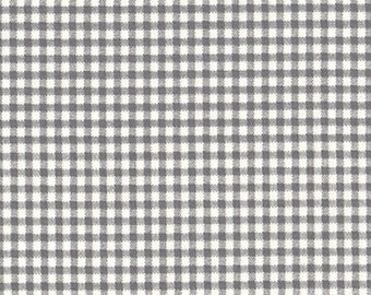 Round Tablecloth Brindle Gray Gingham Check