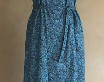 Vintage 60's Flower Print High Neckline Dress