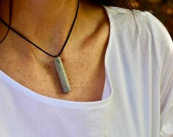 Ma, concrete pendant