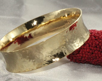 Gold handmade Bangle Rustic Bangle, Hammered bangle, Bangle Bracelet, Yellow Gold Woman Bracelet, Gold Bracelet, Christmas gift, Wide Bangle