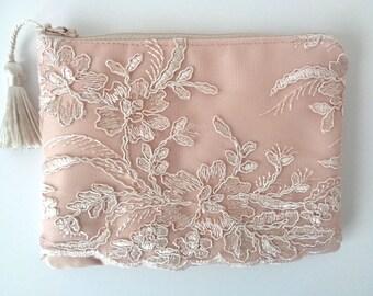 Champagne lace clutch, champagne bridal clutch, evening bag, brides clutch, lace purse, wedding purse, bridesmaid gift, bridal clutch