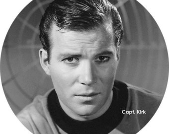 "CAPT. KIRK - Willian Shatner - HUGE 3"" Collectible Pinback Button - Classic Movie Stars Collection"