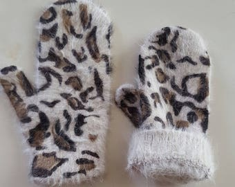 One size Angora mittens gloves