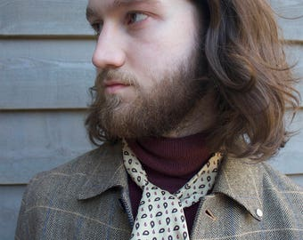 Vintage Patterned Cravat