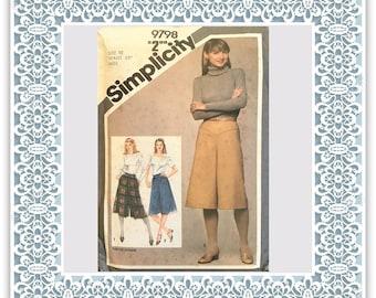 Simplicity 9798 (1980) Misses' culottes - Vintage Uncut Sewing Pattern